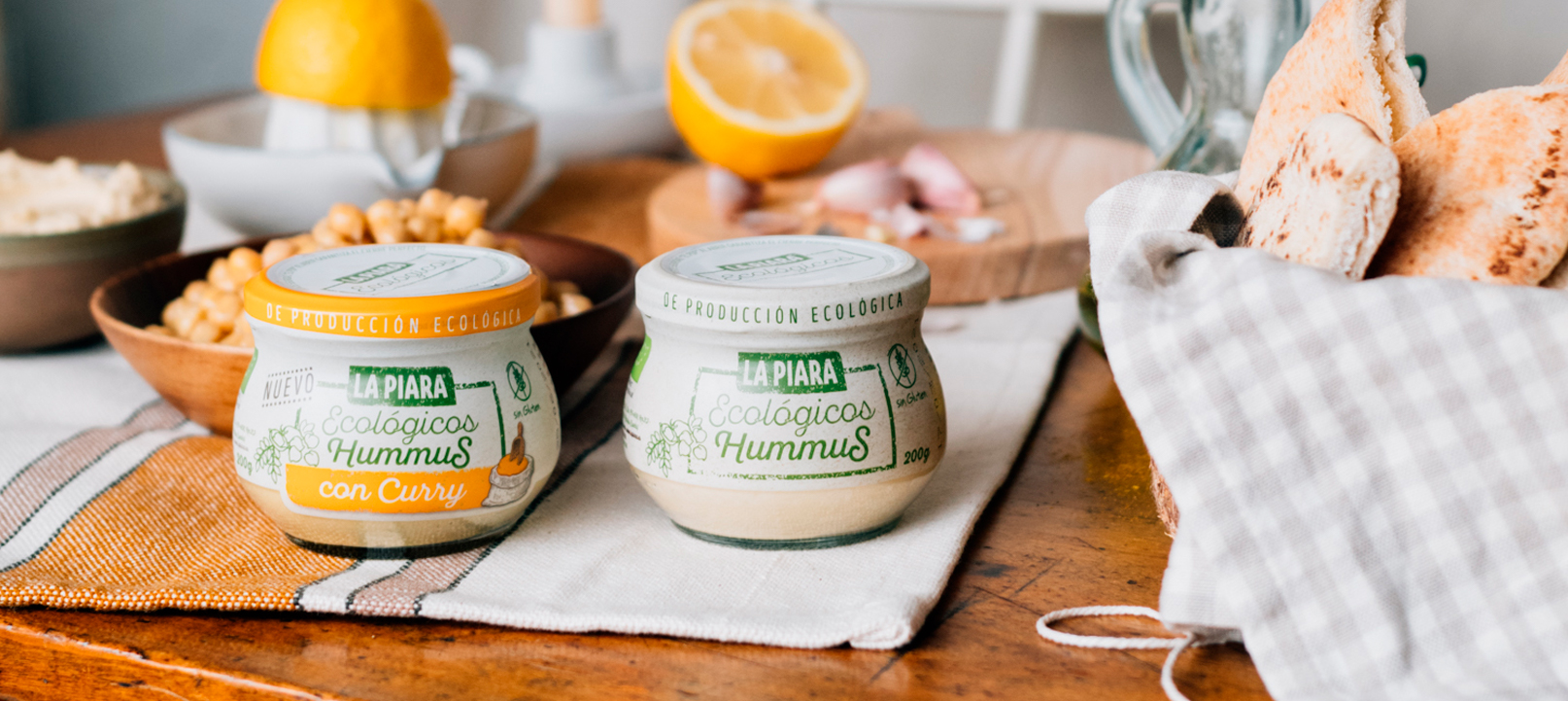 Organic Hummus with CURRY